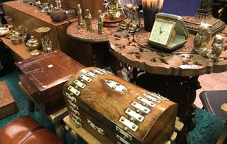 Antique & Collectables Fair - Newton Abbot Racecourse